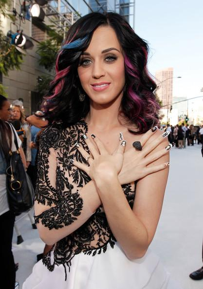 Katy+Perry+2010+MTV+Video+Music+Awards+Arrivals+M3p3WfBaHddl