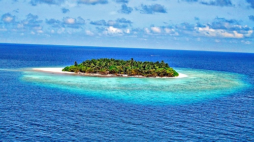 buy-an-island_7-things-billionaires-can-do-that-we-can-t