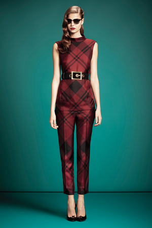gucci-pre-fall-2013-tartan-print-pants-profile