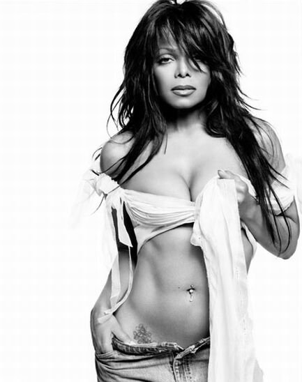 janet-jackson-belly-button-piercing