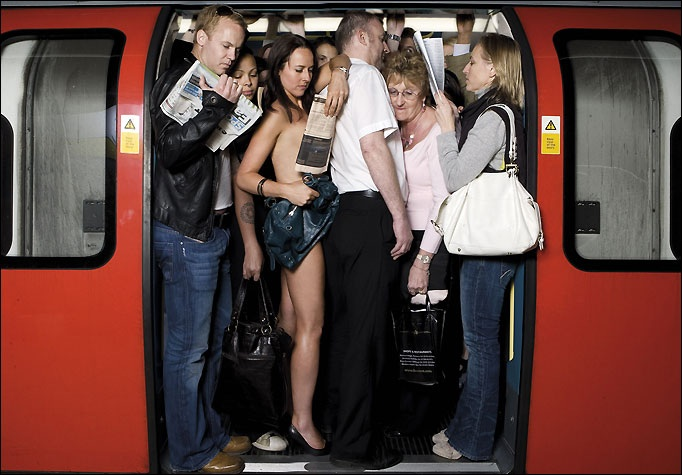 Москва салоны смотреть как парни лапают девушек в общественном транспорте дрочат член