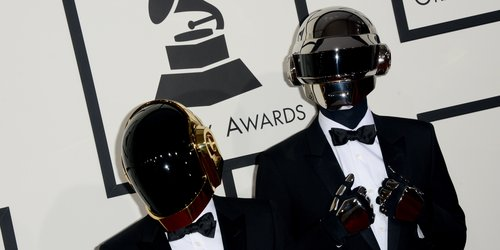 daft-punk-grammys-2014-picture-pa-1390819376-custom-0