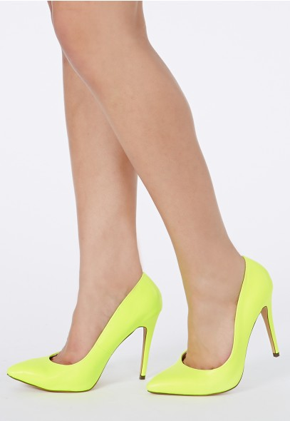 Natalie Court Shoes In Neon Green