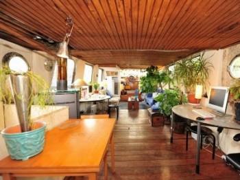p430256_Living room