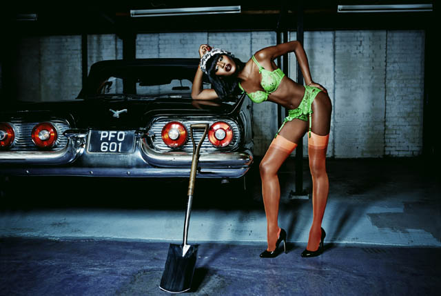 Naomi Campbell ss15 agent provocateur Payge