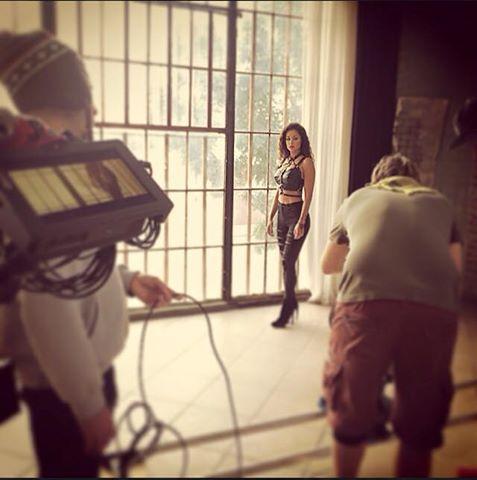 Behind the scenes Elesia