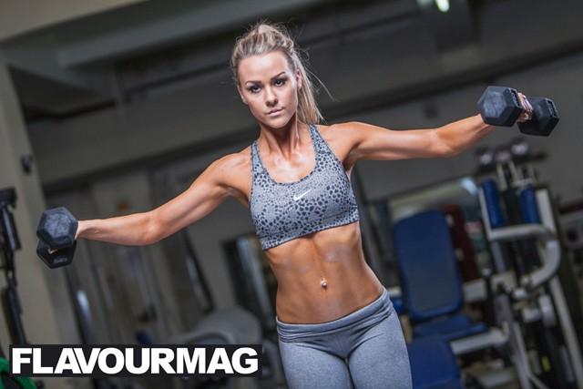 Chelsea Dyson fitness model 11
