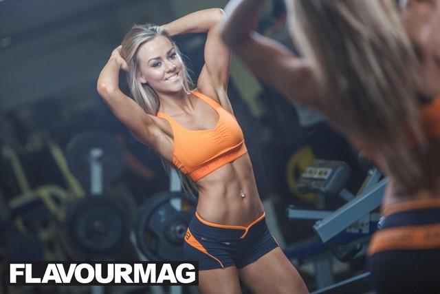 Chelsea Dyson fitness model 3