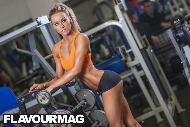 Chelsea Dyson fitness model 9