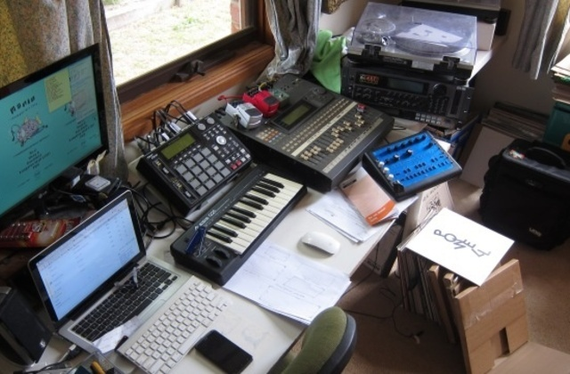 Simple Bedroom Recording Studio bedroom production: the future of music - flavourmag