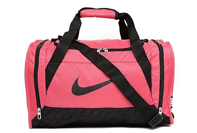 Every girl should have one of these bags! The colour pink looks fabulous at  the gym so why not show it off. The small bag comes with zipped  compartments for ... 206215b446b48