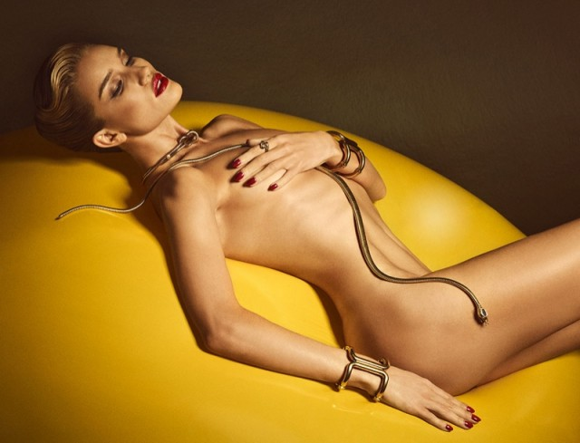 Rosie-Huntington-Whiteley-Nude-Lui-Photo-Shoot04