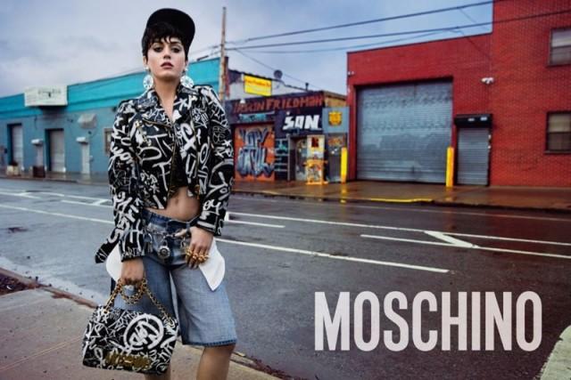 Katy-Perry-Moschino-2015-Photos04