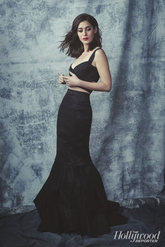 Lizzy-Caplan-The-Hollywood-Reporter