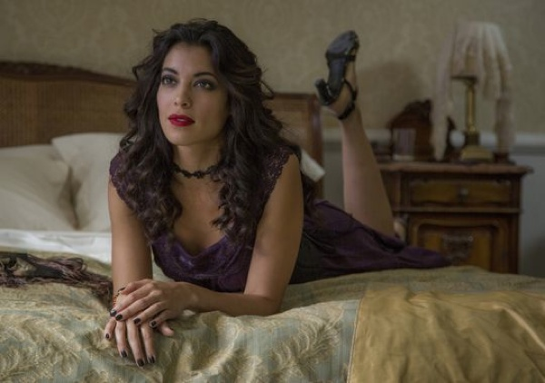 Stephanie Sigman as Estrella in Spectre