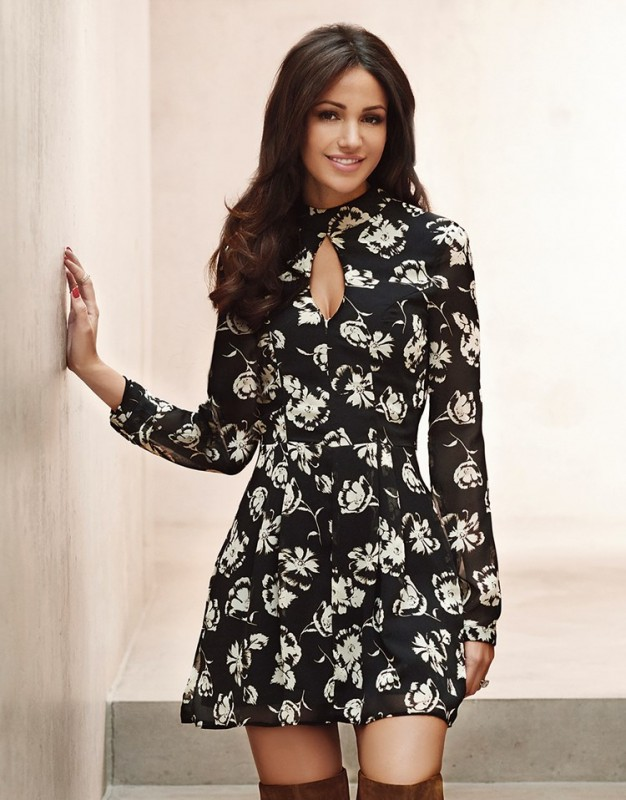 Lipsy Love Michelle Keegan floral print long sleeve dress. Featuring high neckline, fitted waist and mesh back with zip fastening. Team with over the knee boots for a stylish casual look. £50.00