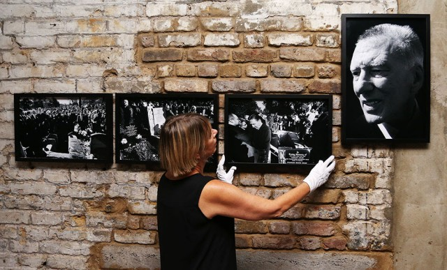 Final preparations are made to an immersive photography exhibition focusing on the Krays and their legacy in the heart of London's East End.  LEGEND OF THE EAST END opens tomorrow (Friday) for two weeks to coincide with the release of LEGEND inUK cinemas on September 9th in which Tom Hardy plays Kray twins Ronnie and Reggie.
