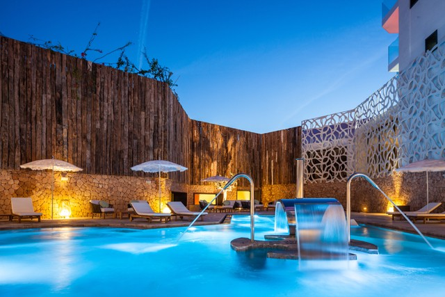 Rock Spa_outdoors (2)