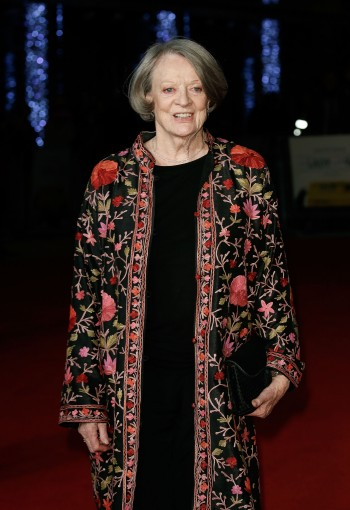 """LONDON, ENGLAND - OCTOBER 13:  Maggie Smith arrives at """"The Lady In The Van"""" - Centrepiece Gala, at Odeon Leicester Square on October 13, 2015 in London, England.  (Photo by John Phillips/Getty Images for BFI) *** Local Caption *** Maggie Smith"""