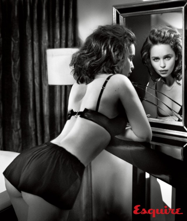 Emilia-Clarke-Esquire-November-2015-Cover-Photoshoot03