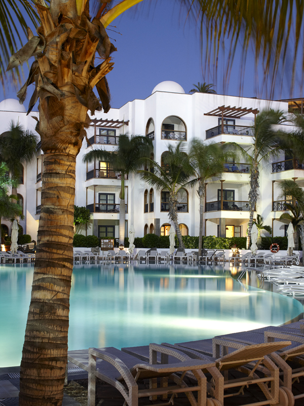 5 reasons to stay at the princesa yaiza hotel resort lanzarote for Hotel princesa yaiza