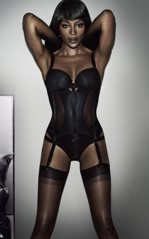 Naomi-Campbell-Yamamay-Lingerie-2015-Campaign01