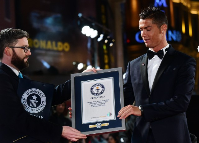 09/11/2015 'Ronaldo' World Premiere at Vue, Leicester Square Cristiano Ronaldo is presented with certificates for this 5 Guinness World Records