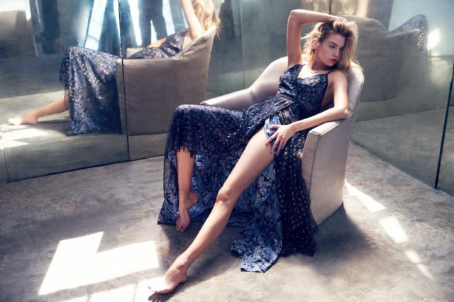 Stella-Maxwell-Urban-Outfitters-Holiday-2015-03