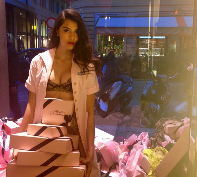 Vogue's Fashion Night Out 2015 5