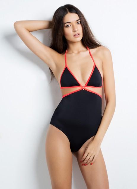 cari swimsuit