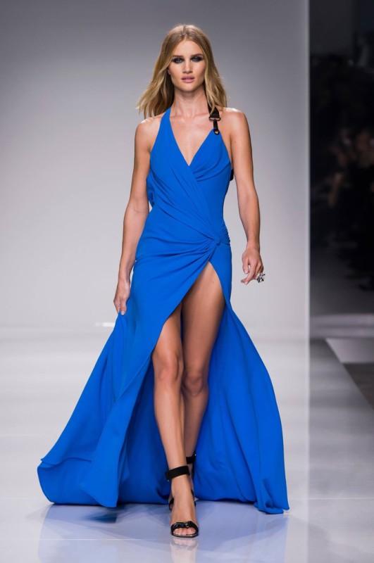 Rosie Huntington Whiteley walks the Atelier Versace collection