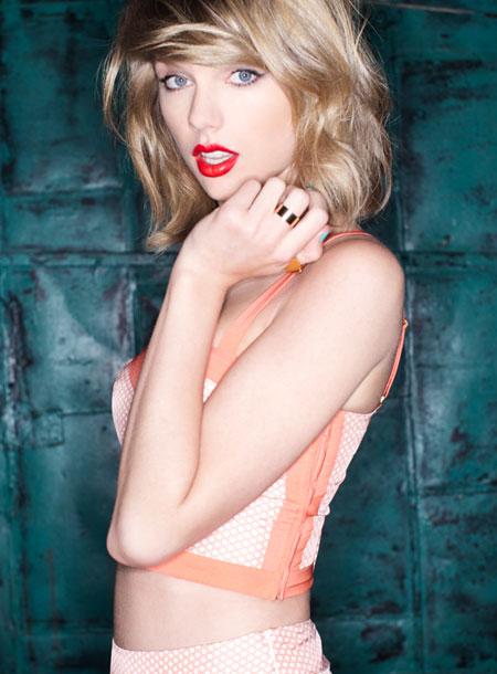 Sexiest Music Tour: Taylor Swift – 1989 Tour