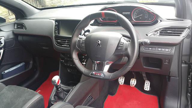 peugoet 208 GTi flavourmag review