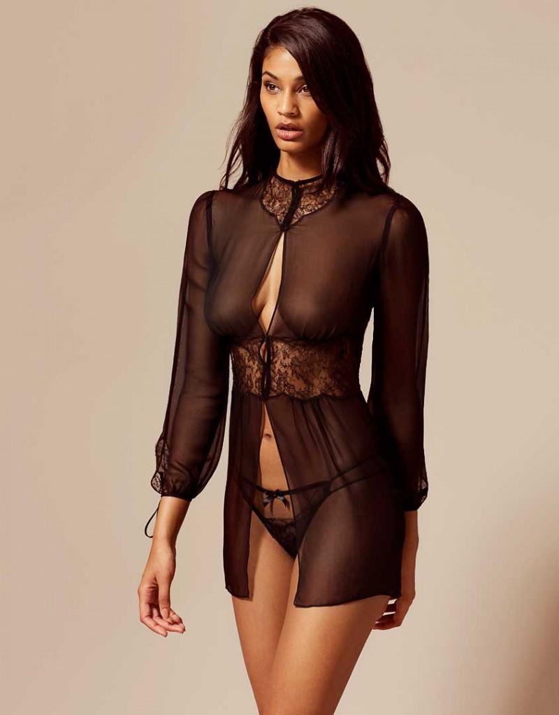 Kari Gown Black