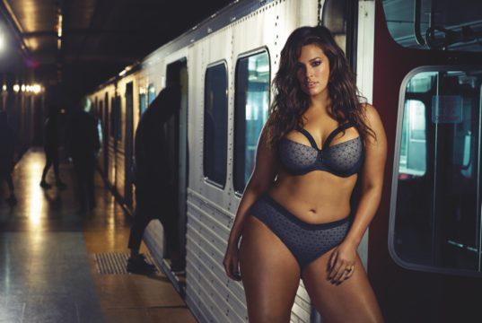 ashley graham rides subway in lingerie