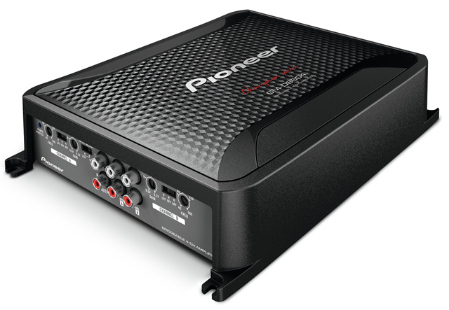 Pioneer, GM-D8604 Class D Amplifier (bridged to run 2 front components - 1200w max)