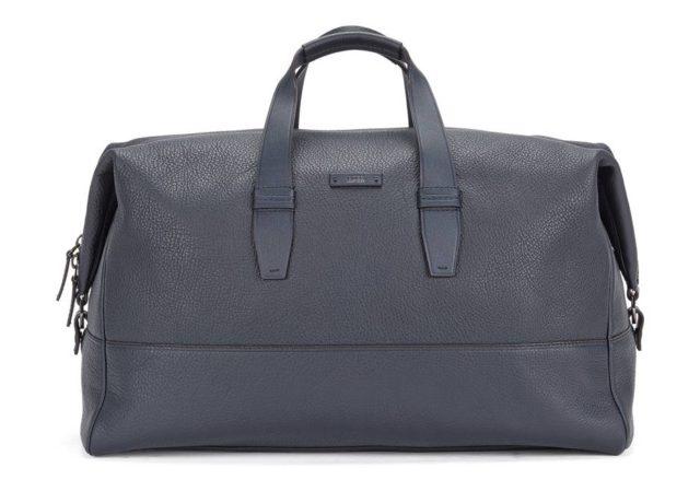Leather weekender bag with detachable shoulder straps - Aspen Holdall