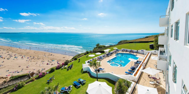 Beachfront Art Deco Devon Stay