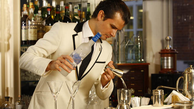 Grey Goose Cocktails Collection: Make cocktails associated with the Film Awards