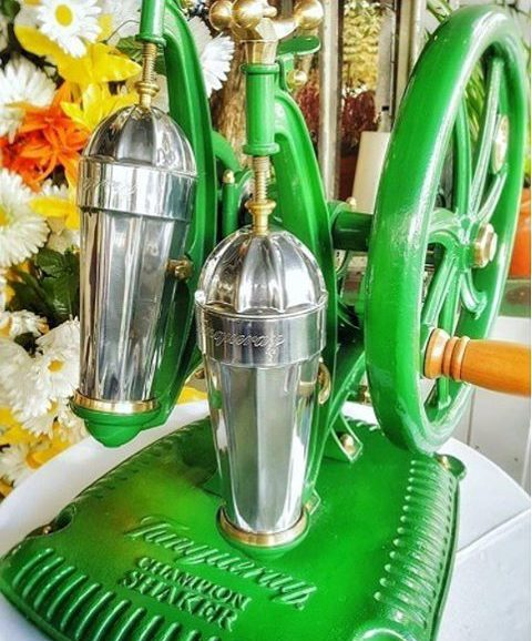 tanqueray shaker