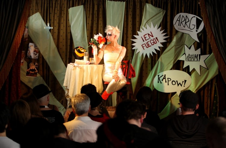 Dr Sketchy's Anti-Art School
