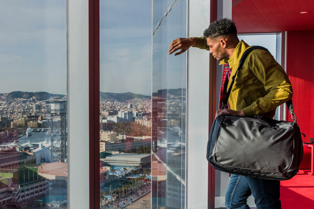 weekend bags holdall for trendy men
