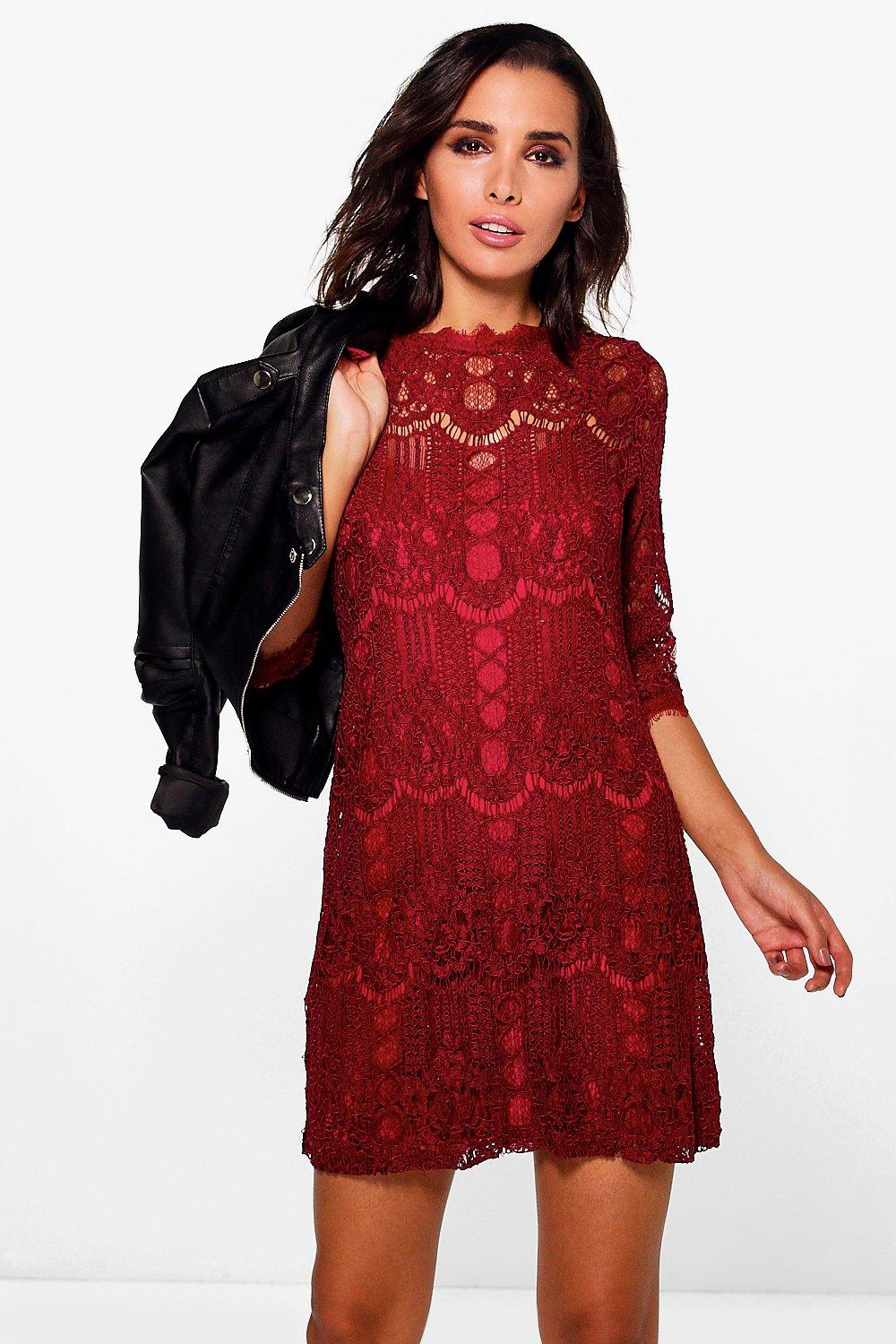 Ziggy Eyelash Lace Short Sleeve Shift Dress