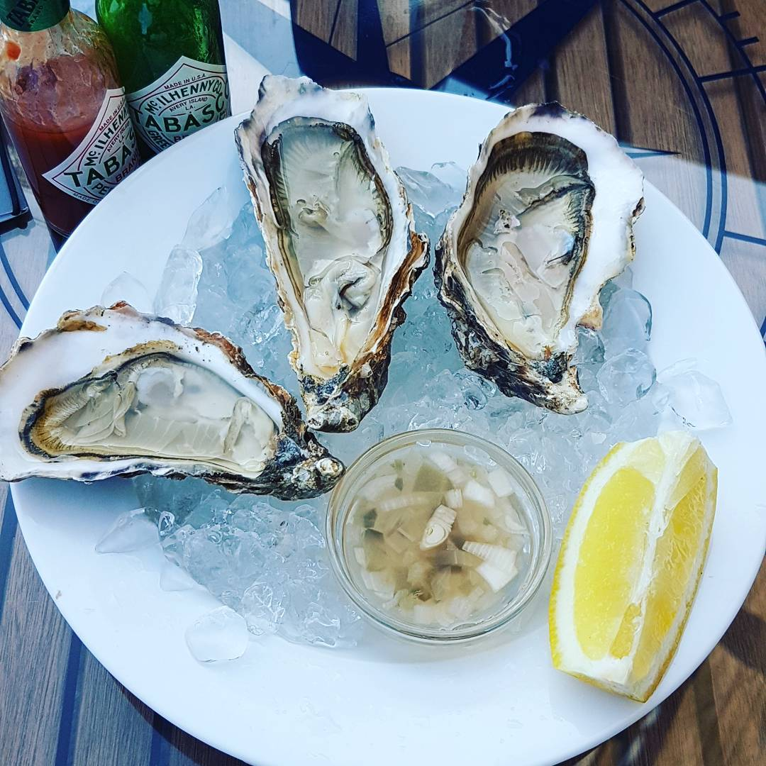 Carlingford rock oysters, hogwash & lemon