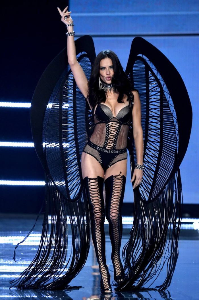 Angel Adriana Lima walks the 2017 Victoria's Secret Fashion Show