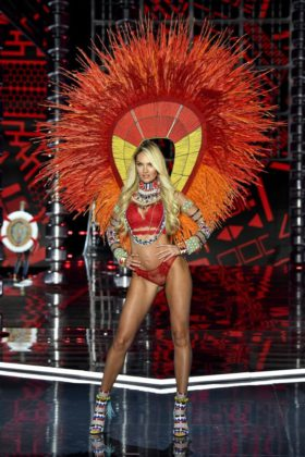 Candice Swanepoel walks the 2017 Victoria's Secret Fashion Show