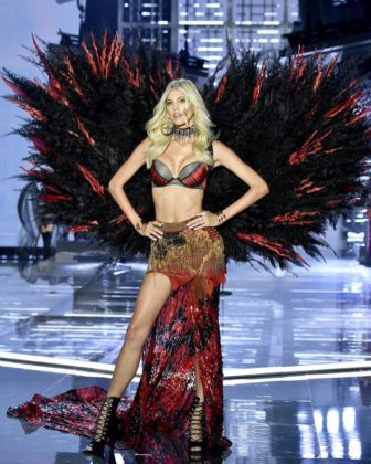 Devon Windsor walks the 2017 Victoria's Secret Fashion Show