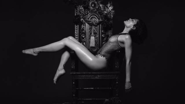Jessie J goes almost need for queen cover image