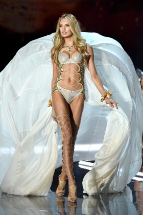 Romee Strijd walks the 2017 Victoria's Secret Fashion Show