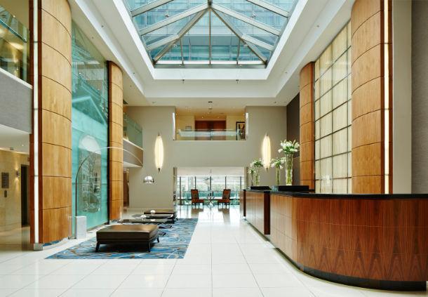 London Marriott Hotel Reception Desk